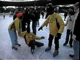 30graden Celsius gewend zijn is heel wat anders dan schaatsen op ijs ...
