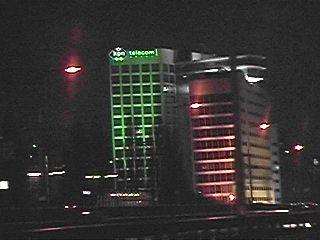 Een paar uurtjes langer de verlichting aan en Den Haag oogt als een echte wereldstad ...