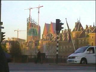 vanaf De Plaats domineert hoogbouw nu al het Binnenhof