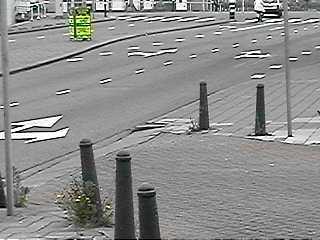 levensgevaarlijke verkeerssituatie aan Neherkade!