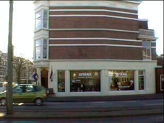 Met een ander geloof mag je zondags wel met je winkel open zijn ...