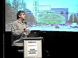 Gerard van Otterloo verdedigde zijn project maar vooral de democratie in Den Haag