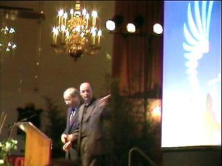 Vincent Evers en burgemeester Deetman tijdens slot van het breedbandcongres