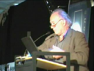 Gert Dumbar presenteert het 'Moreel Referendum' tijdens Dag van de Architectuur